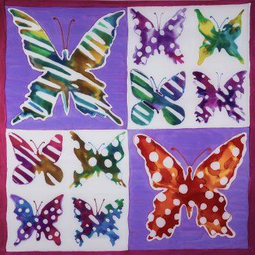 Apaszka Motyle Szachownica Silkadore ręcznie malowana