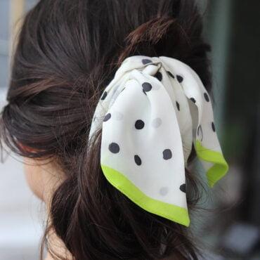 mini szal na głowę