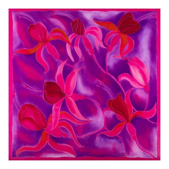 Apaszka jedwabna w różowe kwiaty, ręcznie malowana w Milanówku