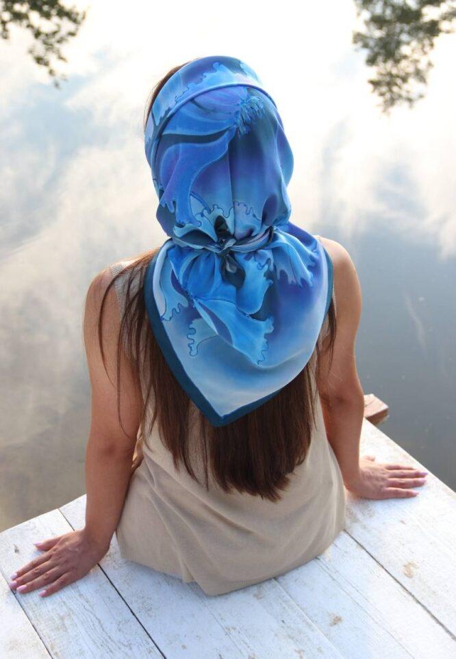 jak zawiązać chustę na głowie
