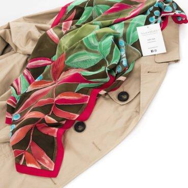 apaszka zielona i brązowa do płaszcza